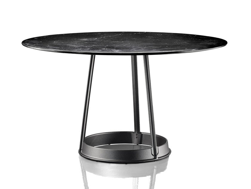 BRUT | Nero Marquina marble table