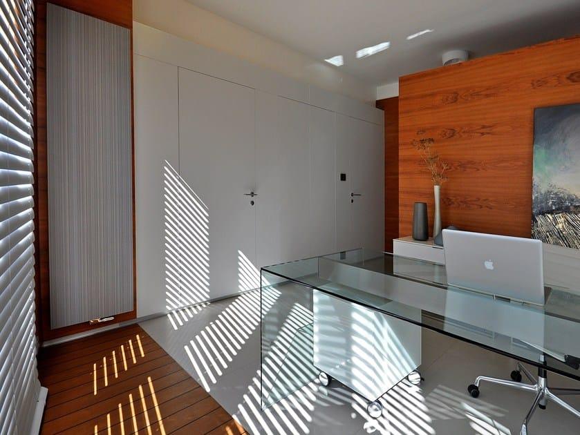 Vertical wall-mounted aluminium radiator BRYCE PLUS by VASCO