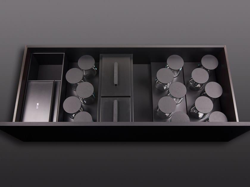 Divisorio per cassetti in legno con contenitori di spezie BT45 ORGANIZATION EXPERIENCE by BT45