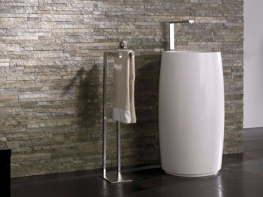 Freestanding round natural stone washbasin BUDDHA by L'antic Colonial
