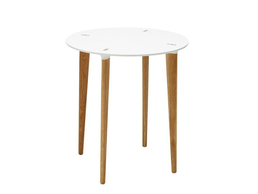 Round HI-MACS® table BUFF | Round table by Karl Andersson