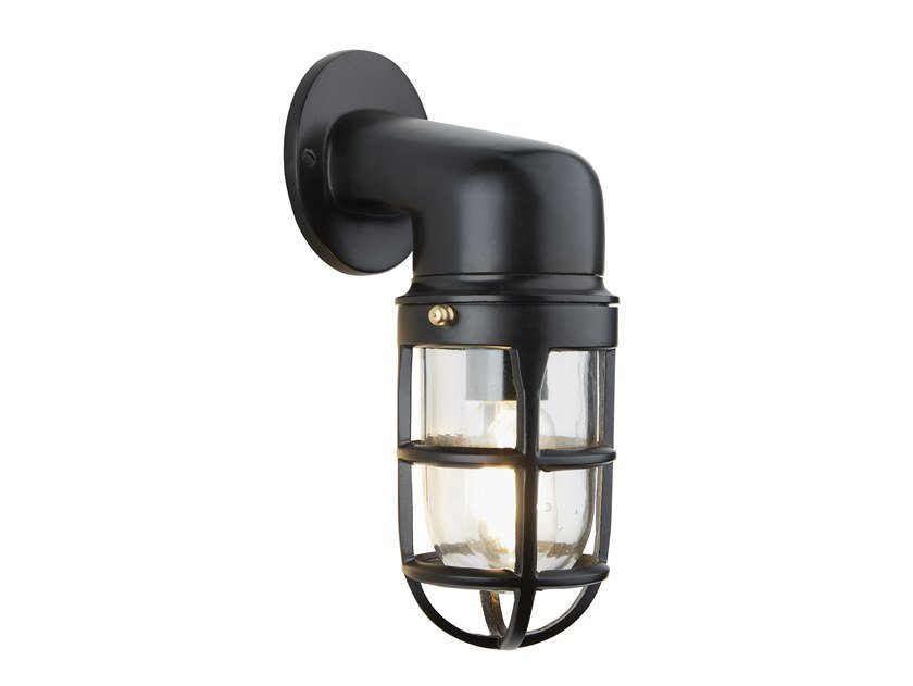 Lampada da parete in alluminio BULKHEAD SCONCE | Lampada da parete in alluminio by Industville