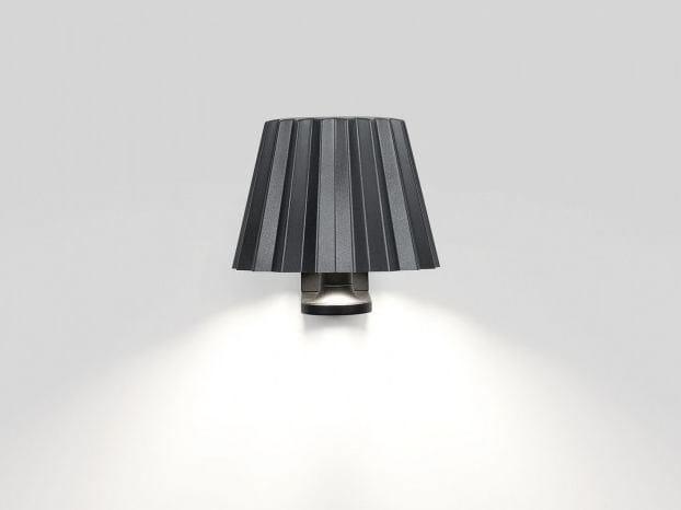 LED aluminium wall light BUTLER W | Wall light by Delta Light