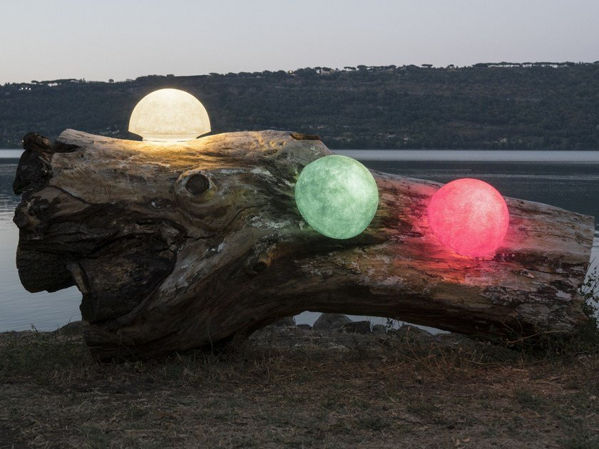 LED Nebulite® Outdoor wall Lamp BUTTON OUT by In-es.artdesign