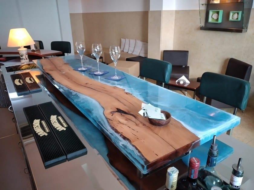 Bancone bar in legno di briccola Bancone bar by ANTICO TRENTINO