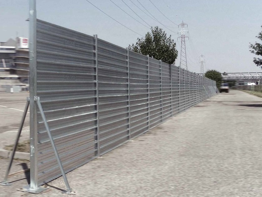 Construction site temporary and mobile fencing BarCo by Condor