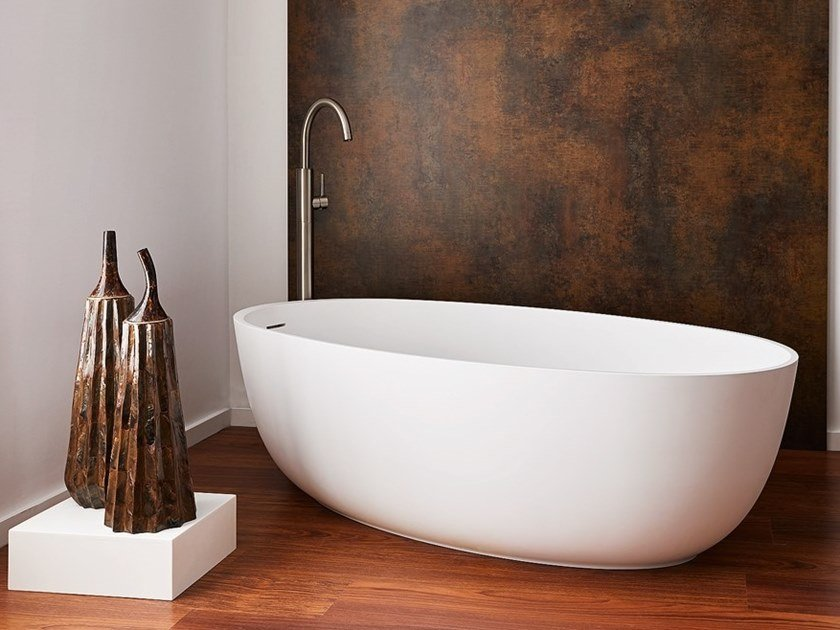 Freestanding oval Corian® bathtub Bathtub by AMA Design