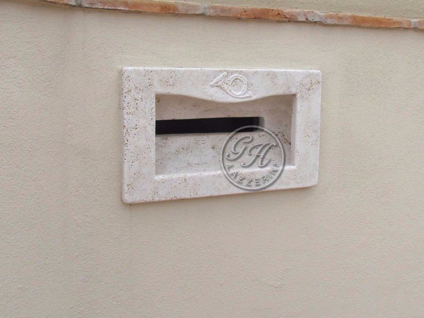 Built-in natural stone mailbox Mailbox 2 by GH LAZZERINI