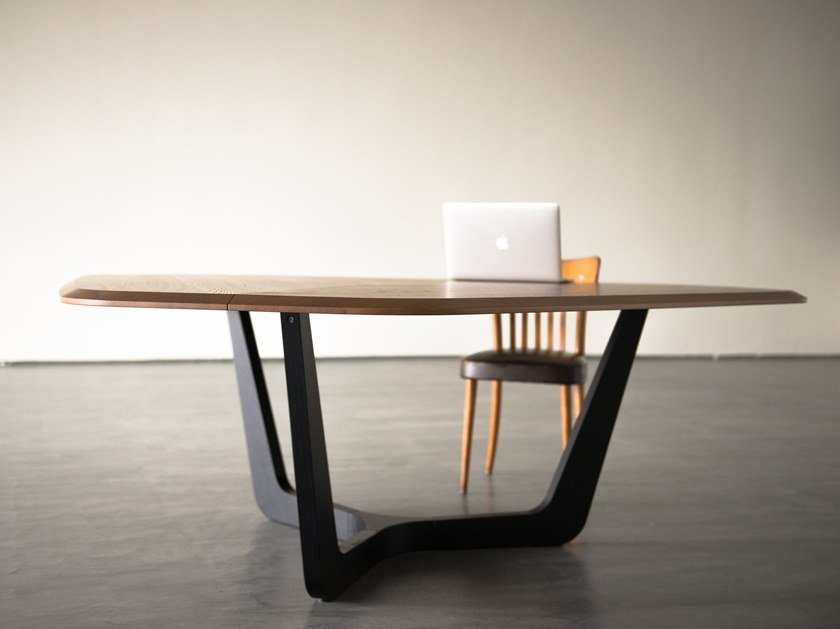 Wooden meeting table BuzziTrihex by BuzziSpace