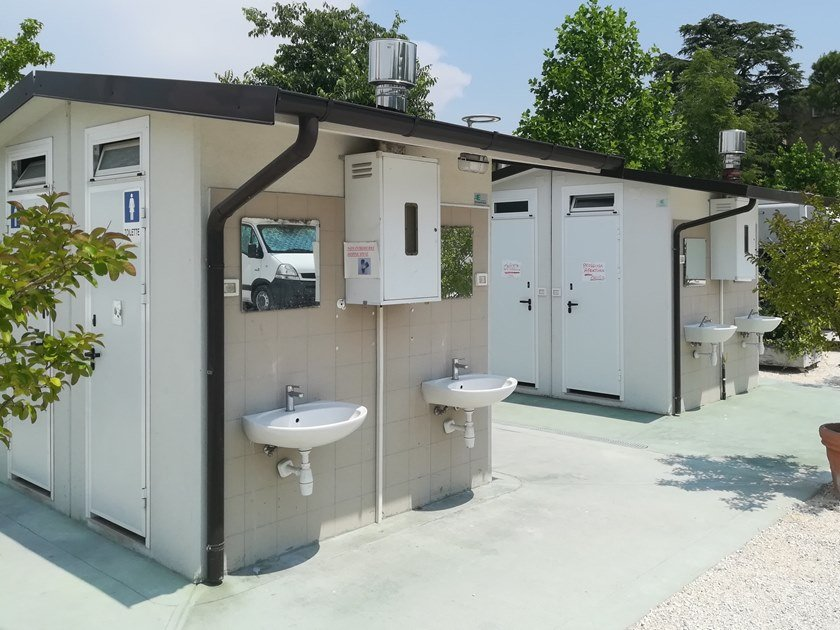 3 functions reinforced concrete Prefabricated toilet C-08(02) | Prefabricated toilet by Emmecinque Monoblocchi