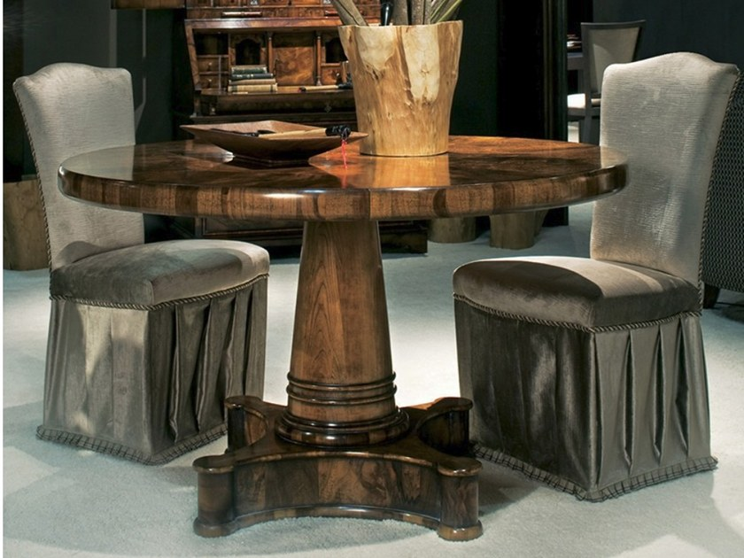 Round briar dining table C 1403   Table by Annibale Colombo