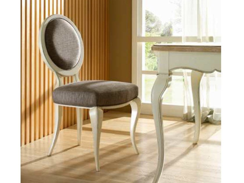 Medallion upholstered fabric chair CA' REZZONICO | Chair by MOLETTA