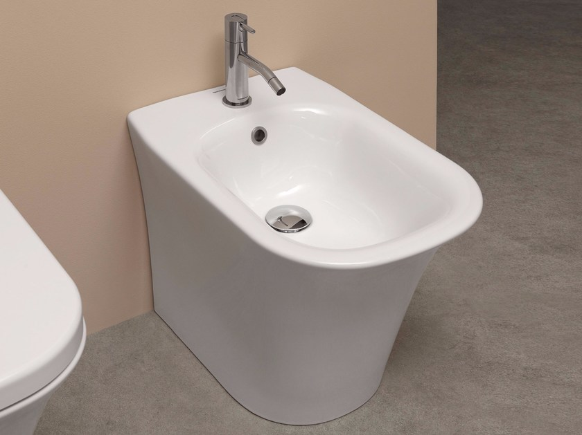 Bidet in ceramica CABO | Bidet by Antonio Lupi Design