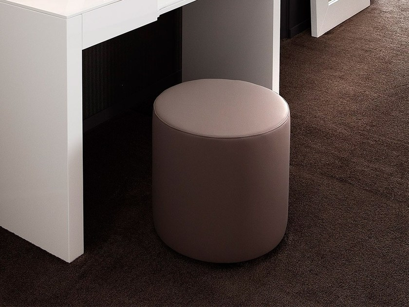 Round fabric pouf CACAO by Chaarme