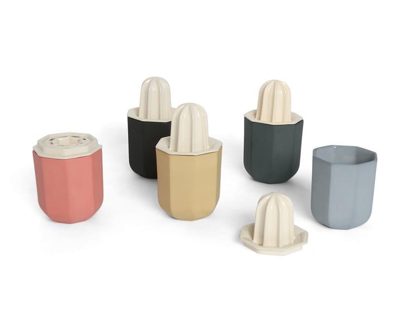 Porcelain squeezer CACTUS by UBIKUBI