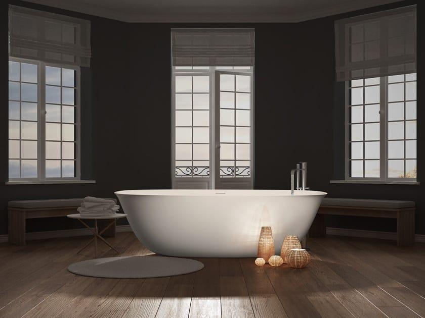 Freestanding Cristalplant® bathtub CALICE by AQUAdesign