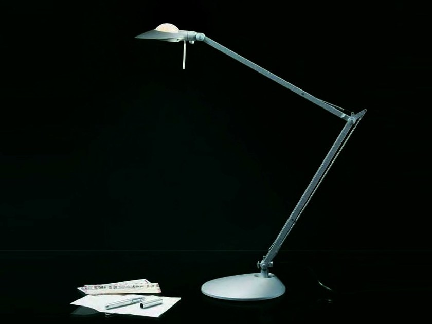 Desk lamp CALYPSO by Caimi Brevetti