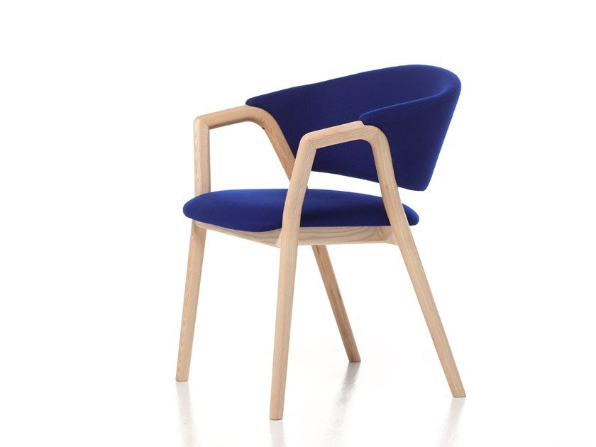 Stackable easy chair with armrests CAMDEN 02 by Very Wood