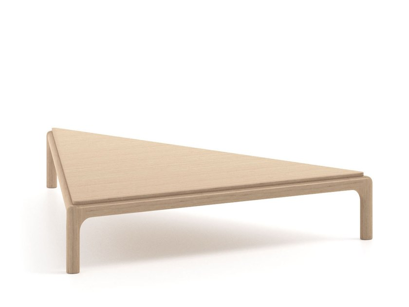 Superieur FIORILE   Triangular Coffee Table By Poltrona Frau Design Roberto Lazzeroni