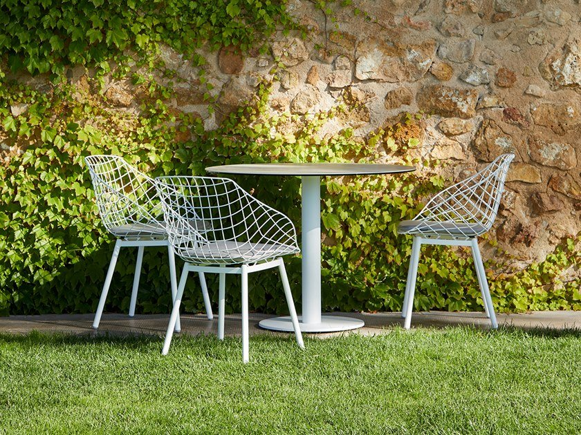 Steel chair with cushion CANASTA | Chair with integrated cushion by MUSOLA