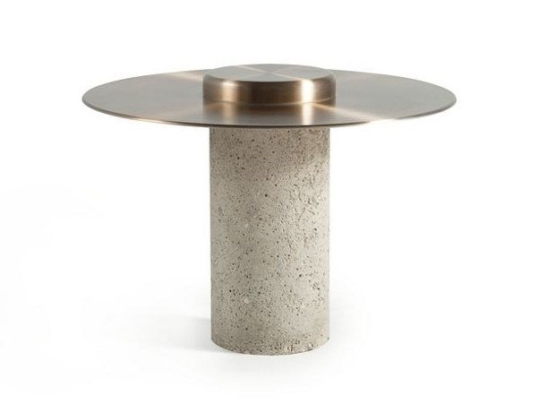 Round aluminium coffee table CANOTIER | Aluminium coffee table by ROCHE BOBOIS
