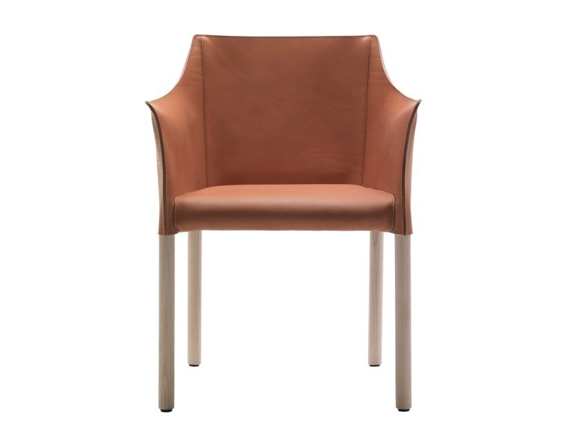 Poltroncina in cuoio CAP CHAIR by Cappellini