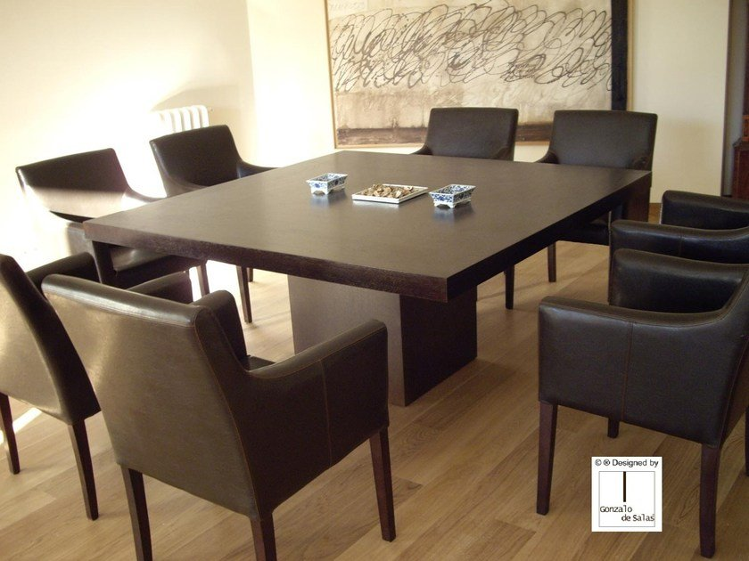 Square dining table CAPELA | Dining table by Gonzalo De Salas