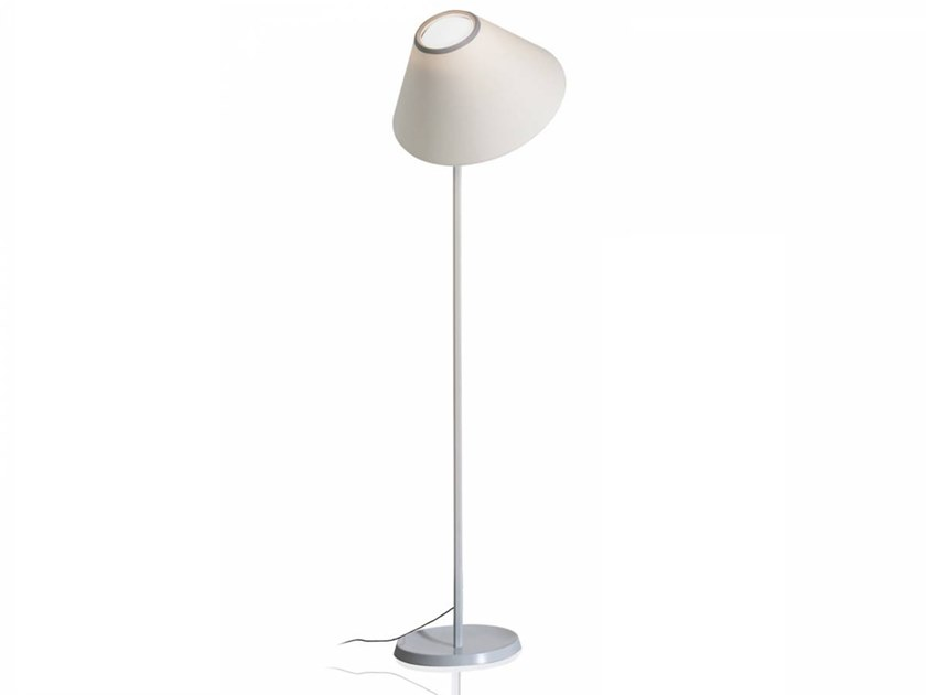 Lampadaire LED orientable CAPPUCCINA | Lampadaire by LUCEPLAN