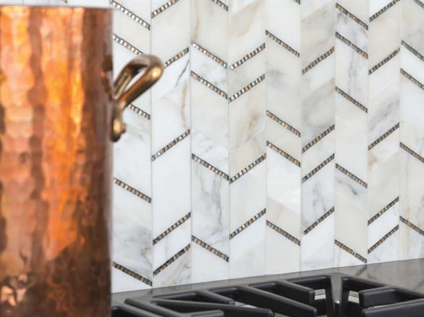 Marble mosaic CAPTIVATE by AKDO