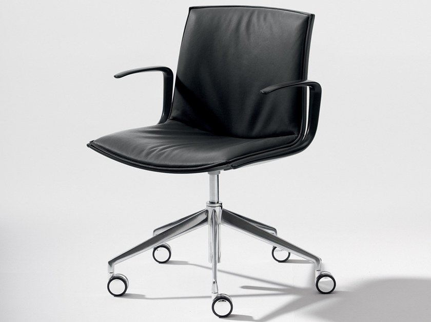 Swivel chair with 5-spoke base with casters CATIFA UP | Swivel chair by arper
