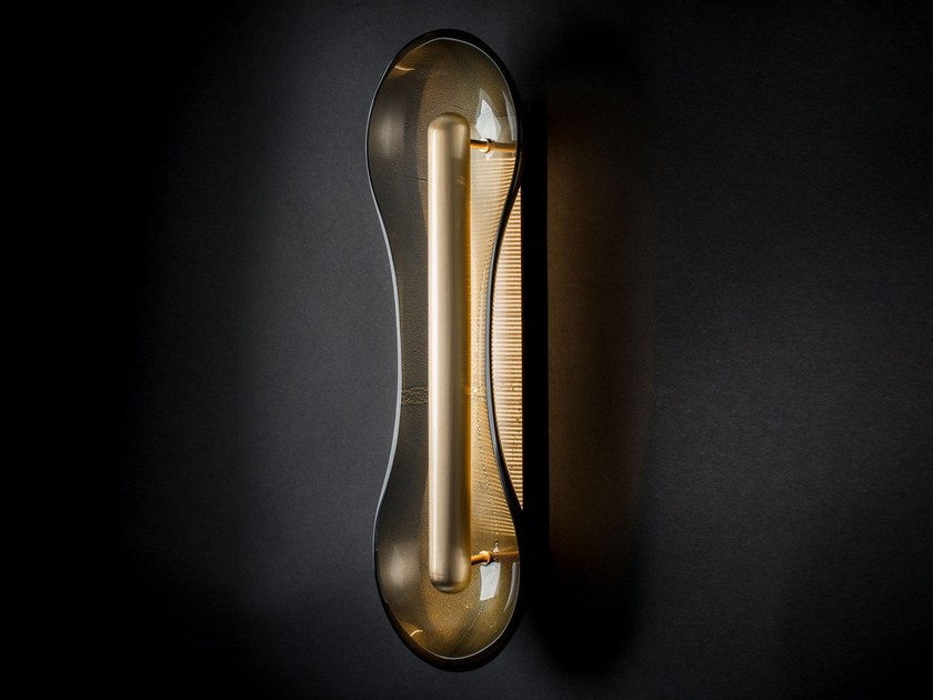 Applique in vetro di murano cell by veronese design patrick naggar