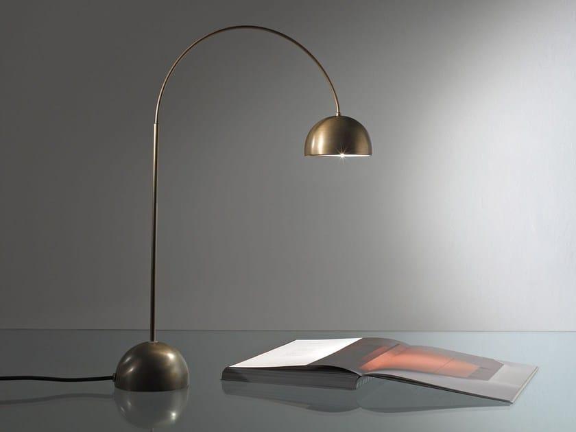 Lampada da tavolo in ottone CG 45 SATELLITE by Laurameroni