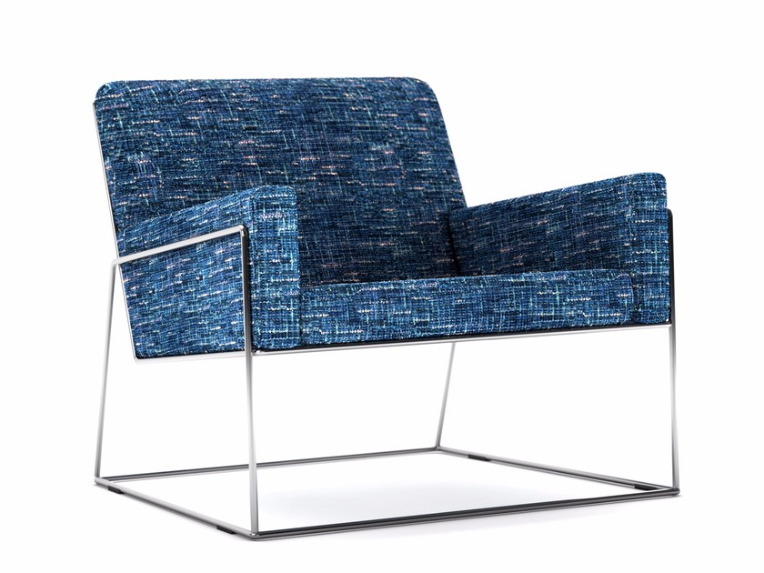 Sled base armchair with armrests CHARLES CHAIR by moooi