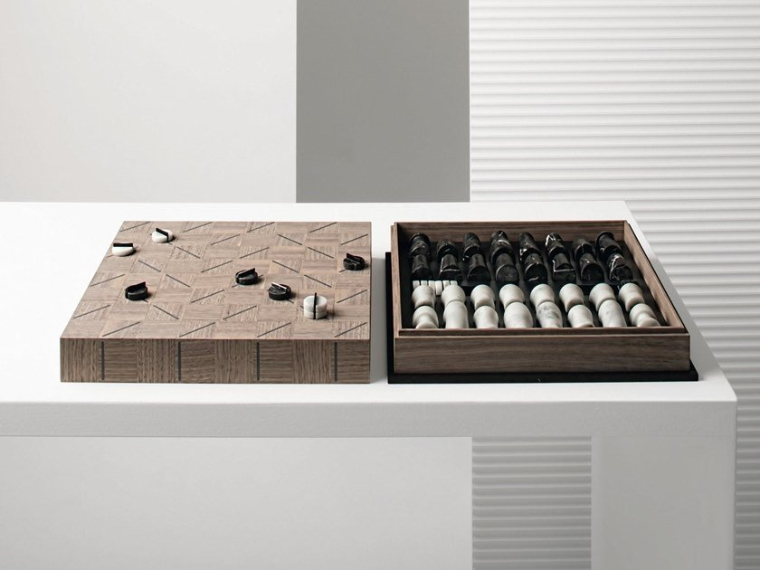 Walnut game CHECK-MATE by GIORGETTI