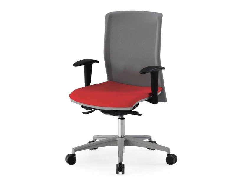 Height-adjustable task chair with 5-Spoke base with armrests CHILI OPERATIVE by FANTONI