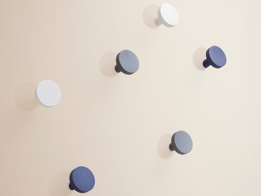 Cabide de madeira de parede CHIODO by Miniforms