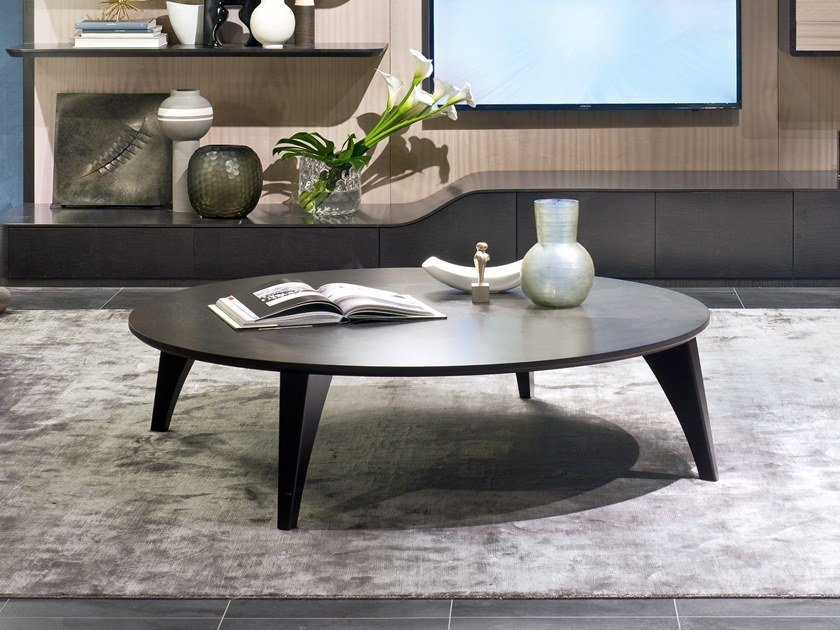 Round coffee table for living room CIRCLE | Round coffee table by Carpanelli Contemporary
