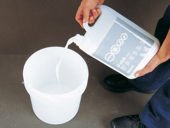 Additive for cement and concrete CL-STUK by Butech