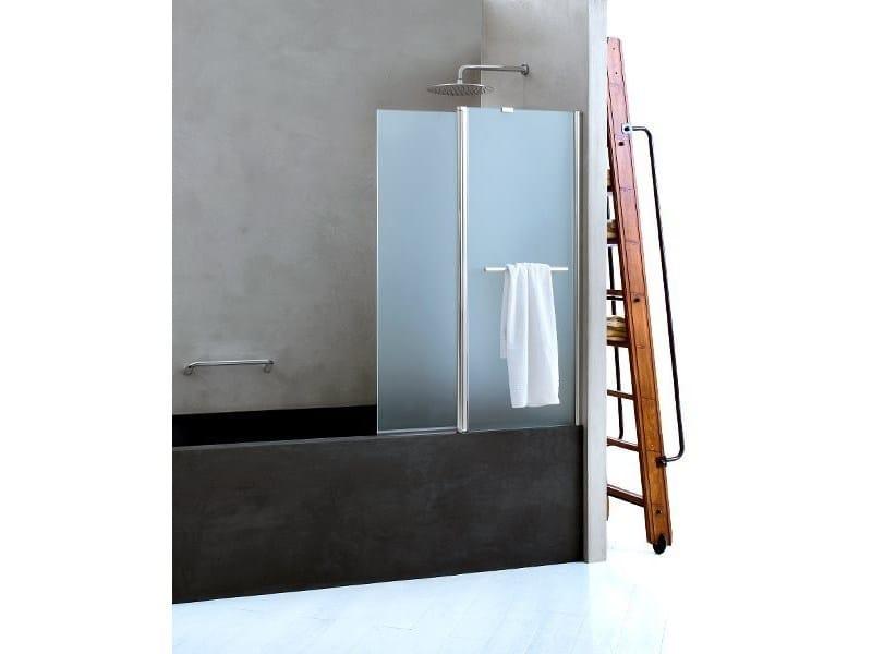 Folding glass bathtub wall panel CLAIRE DESIGN - 4 | Bathtub wall panel by INDA®
