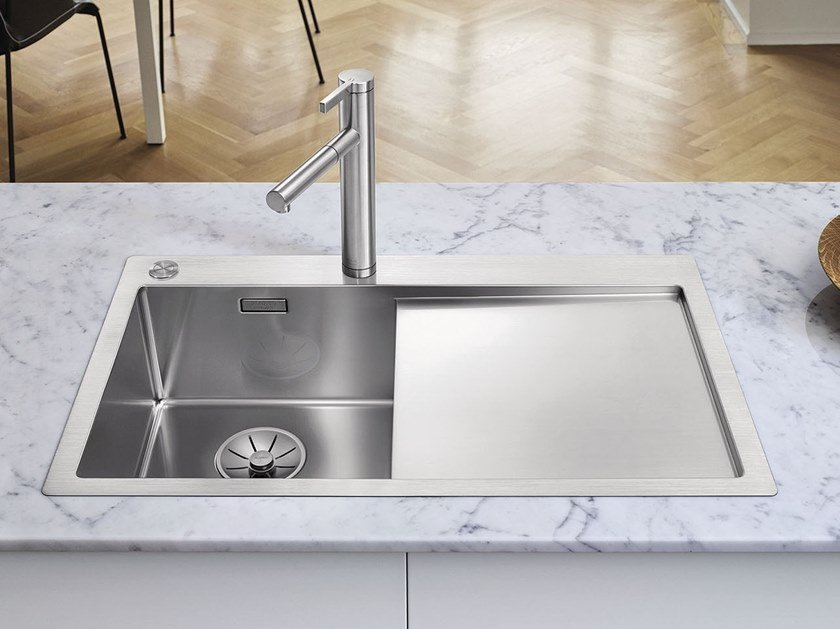 Single flush-mounted stainless steel sink with drainer ...