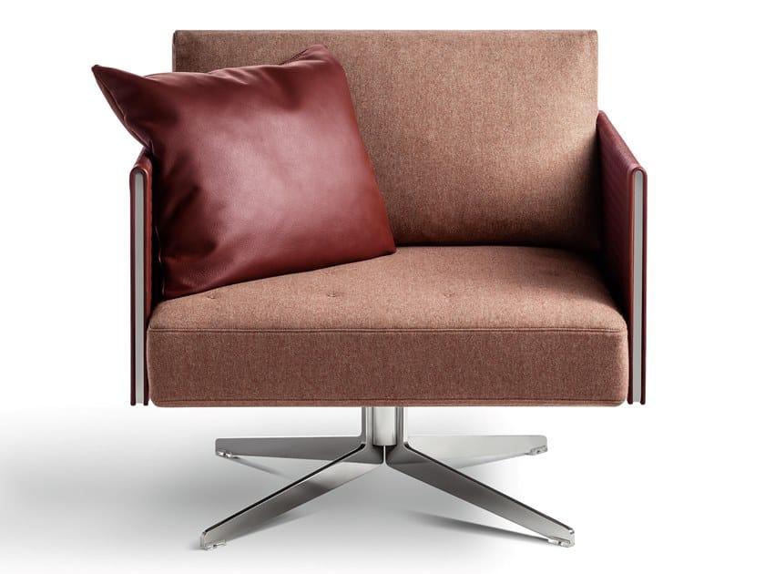 Drehbarer 4-Speichen- Loungesessel aus Stoff CLAY | 4-Speichen- Loungesessel by Poltrona Frau