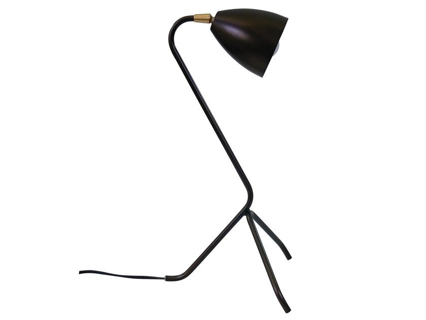 Metal desk lamp CLEO | Desk lamp by LUZ EVA