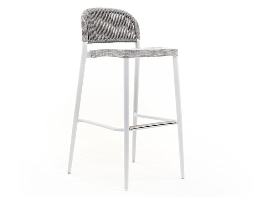 High garden stool CLEVER | Stool by Varaschin