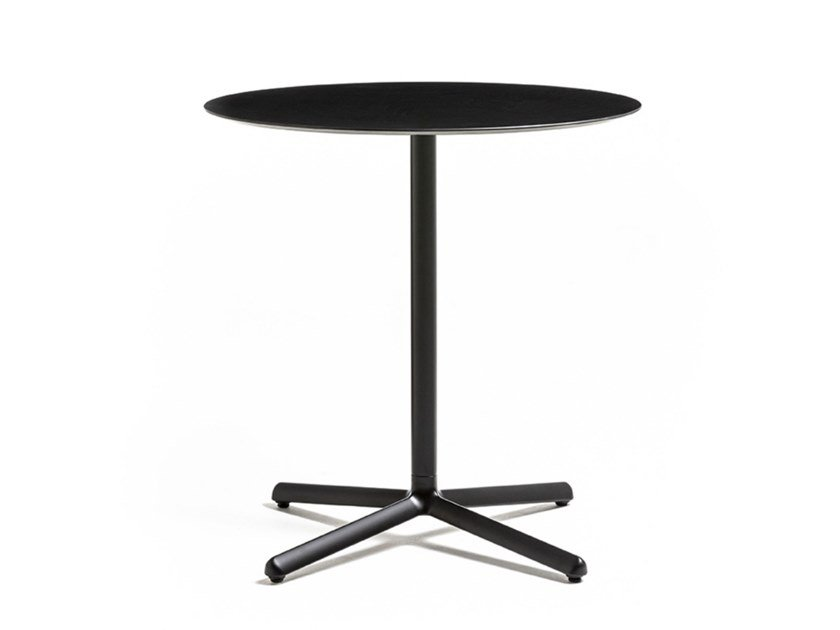 Round die cast aluminium table with 4-star base CLIVO 73 by arrmet