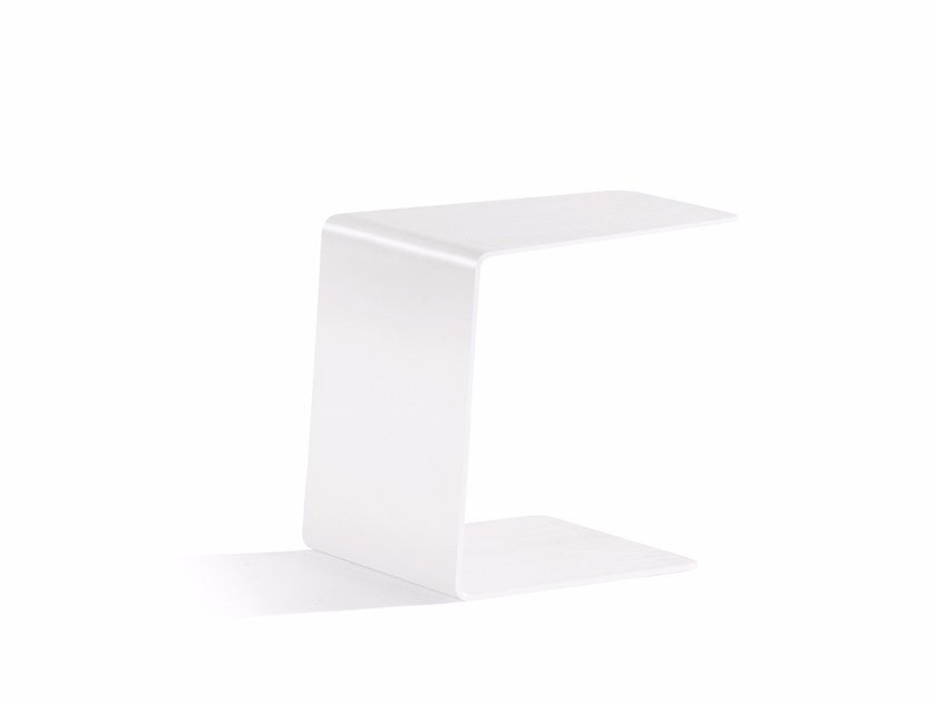 Aluminium garden side table CLOSED SIDETABLE 36 | Garden side table by MANUTTI