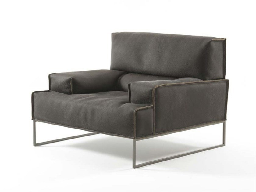 Sled base leather armchair with armrests CLOUD JUNIOR by Frigerio Salotti