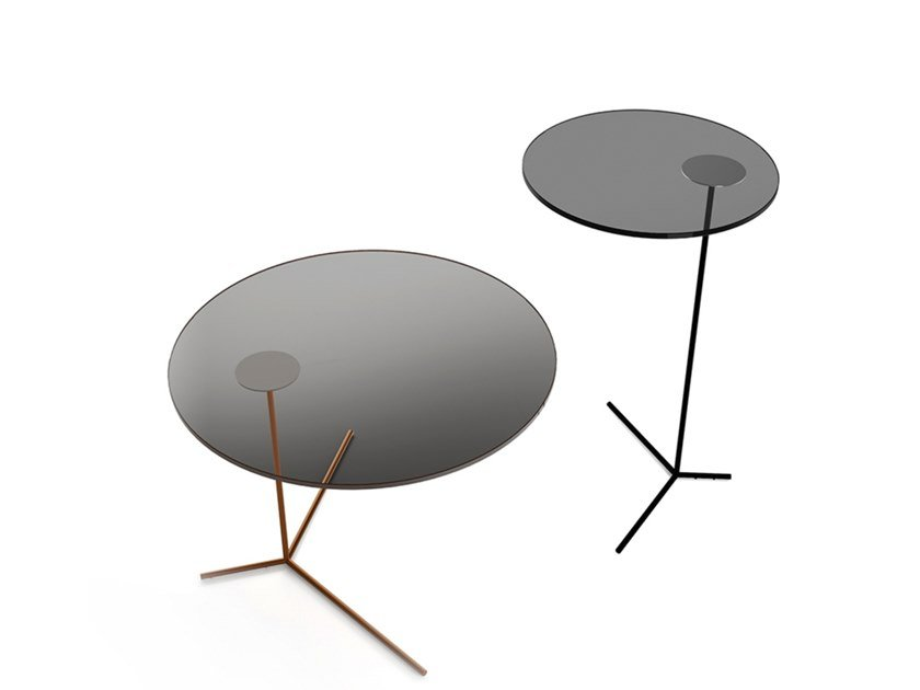Round glass side table with 3-star base CLUB by EXENZA