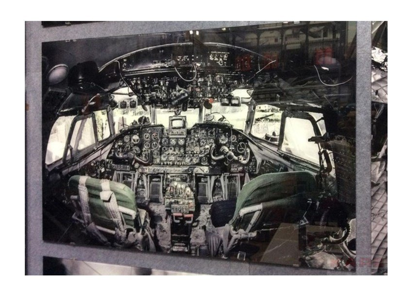 Photographic print / Print on glass COCKPIT VIEW By KARE-DESIGN