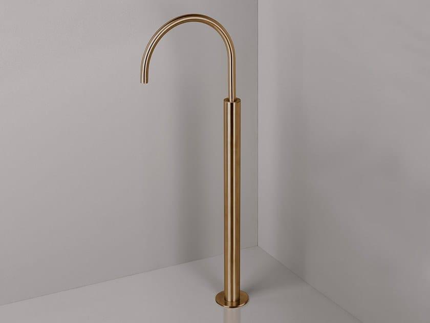 Floor standing bathtub tap COCOON PB34 by COCOON