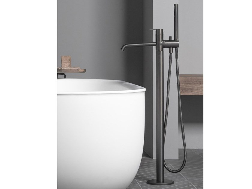 Floor standing bathtub tap with hand shower CODE | Bathtub tap with hand shower by INBANI